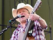 WFU Tickets Mark Chesnutt for Wake Forest University Students in Winston Salem, NC