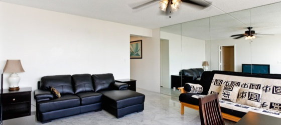 Hawaii Housing Immaculate Spacious Studio at Villa on Eaton Square Waikiki for University of Hawaii at Manoa Students in Honolulu, HI