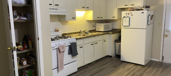 Sublets Sublease at SAMI Apartment Flora Way for College Students