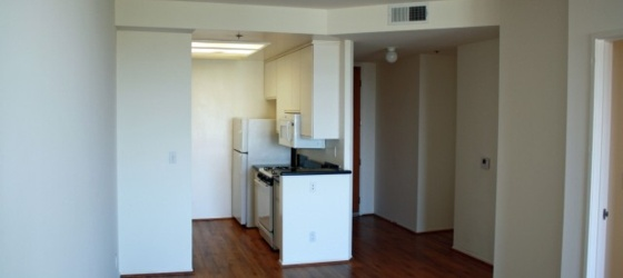 UCLA Housing Full Service Luxurious Apartment for UCLA Students in Los Angeles, CA