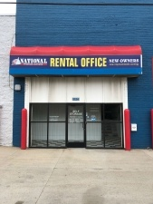 UDM Storage National Storage Centers Oakman Detroit for University of Detroit Mercy Students in Detroit, MI